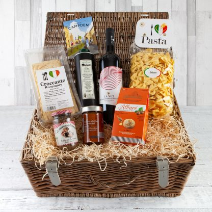 Italian Deli Hamper, Luxury Italian Inspired Hampers, Pasta Olive Oil Sauces, Deli Hampers, Online, UK Delivery. Cotswold Luxury Food Hampers, Fillet & Bone