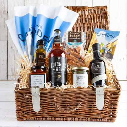 Cotswold Hamper Cotswold Food, Cotswold Gifts, Wicker Hamper, UK Delivery, Online, Cotswold Gin, Cotswold Fudge, Gift from Cotswolds