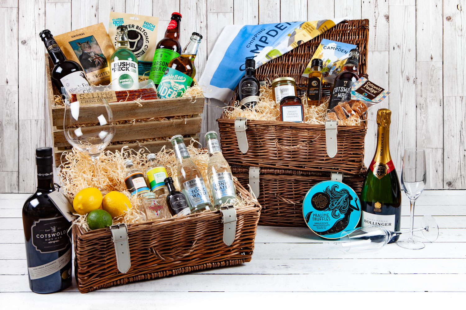 Cotswold Hampers, Cotwold Food & Drink Hampers, UK Delivery, Ideal Luxury Gifts, Wicker Hampers, Perfect Gifts, Cotswold Gifts