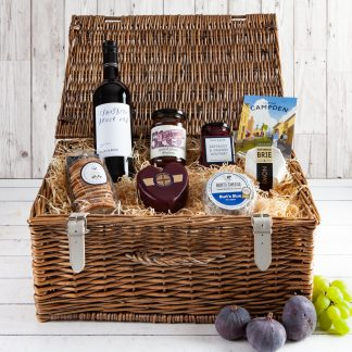 Cheese & Wine Hamper - Cotswold Food Hamper,Cotswold Cheese, Wicker Hamper, Cheese Lover, Cheese Gift, Fillet & Bone, UK Delivery, Luxury Gifts