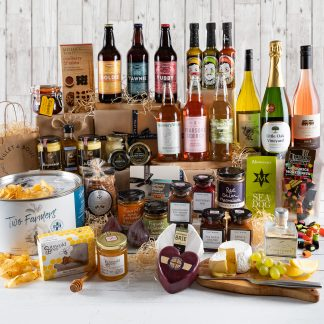 Cotswolds Countryside Hamper, Corporate Gifts, Cotswold Gifts, Business Hamper, UK Delivery, Online Order, Cotswold Goodies, Taste of the Cotswolds, Big Hamper